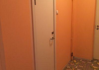 WC laminaat uks